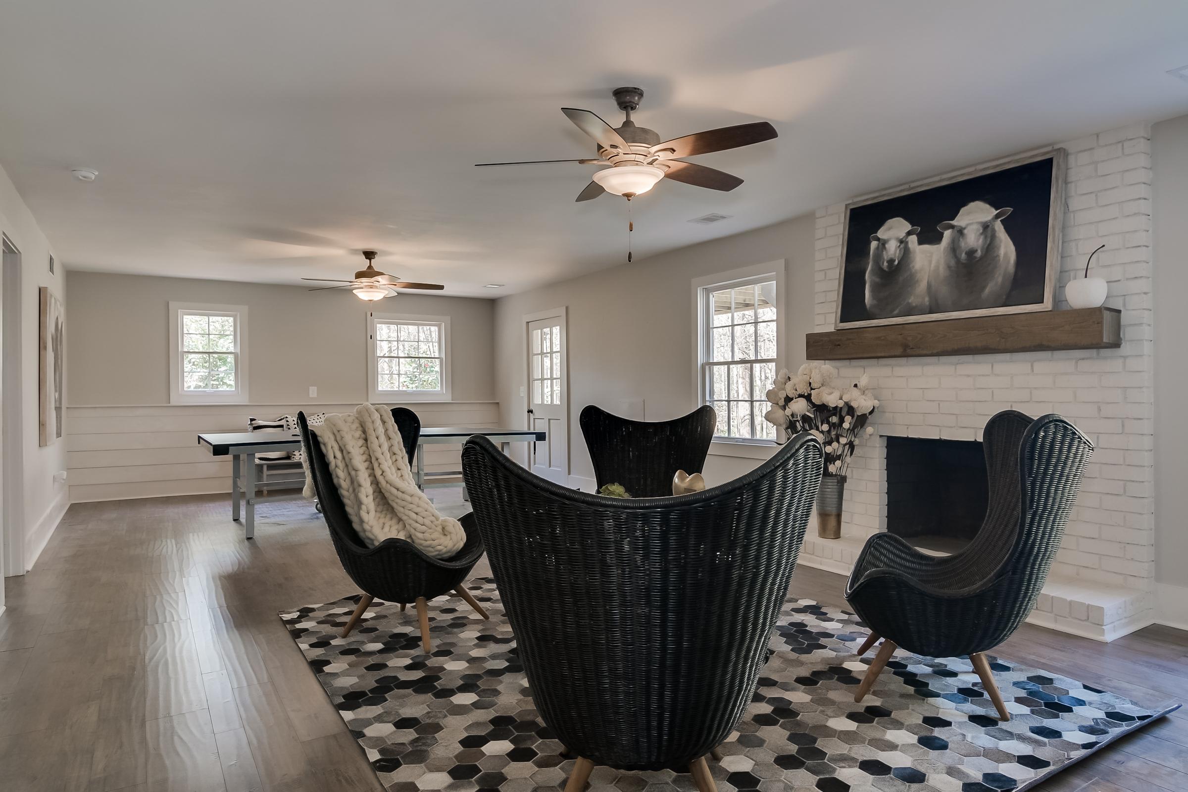 Flooring: Tarkett, Lighting: Savoy House, Custom Railing: Red Barn Homes, Staging: Urban Farmhouse